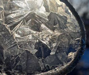 Kristaller nära